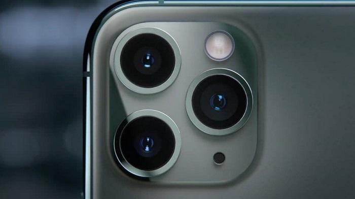 نمایی نزدیک از دوربین آیفون 11 پرو